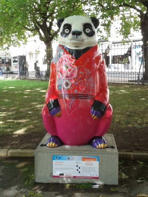 Birmingham Big Sleuth Peony Passion Bear