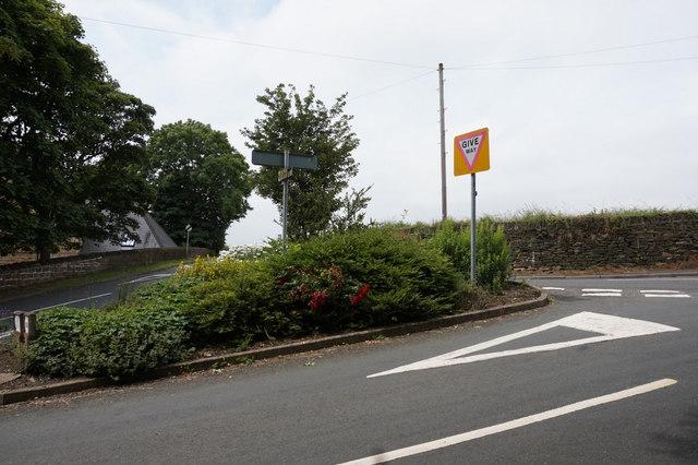 Road Junction near Hartshead