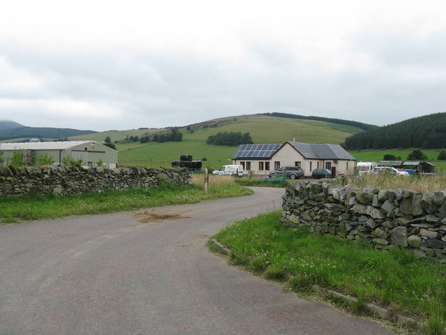 House and yard near Rachan Mill