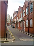 SO9198 : Wolverhampton Alley by Gordon Griffiths
