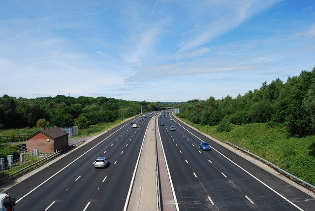 M27 looking westwards from Botley Road