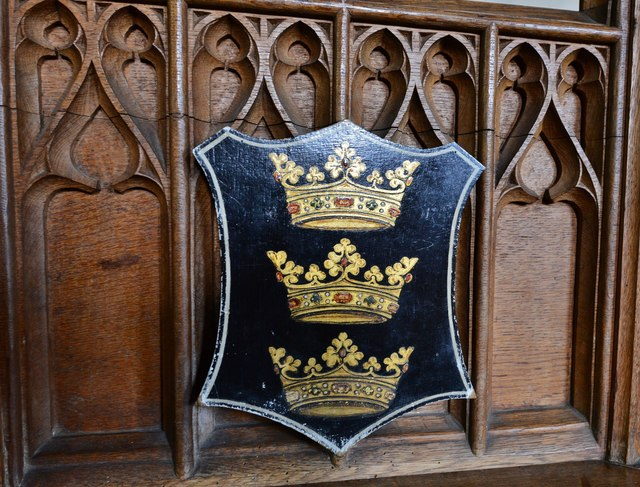 Purton, St. Mary's Church: Coat of Arms on the c19th oak pulpit 2