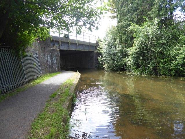 Railway bridge over Bridgwater and Taunton Canal