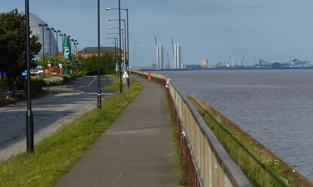 Trans Pennine Trail at St Andrews Quay