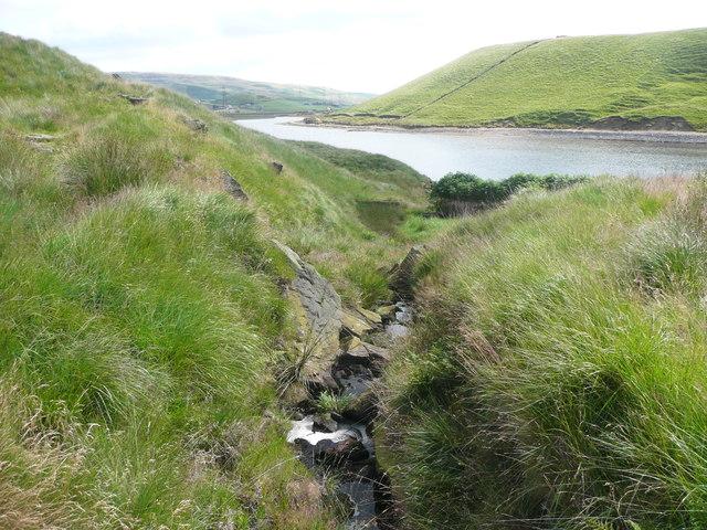 Solomon Cutting descending to Higher Chelburn Reservoir