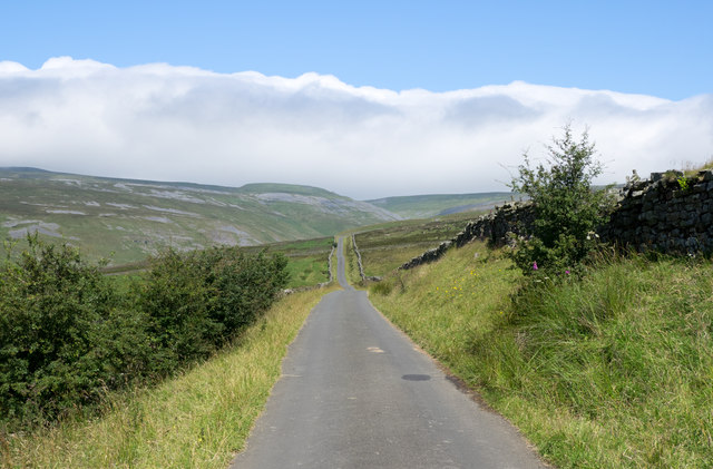 The road to Great Dun Fell