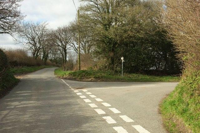 Lane junction near Hooke