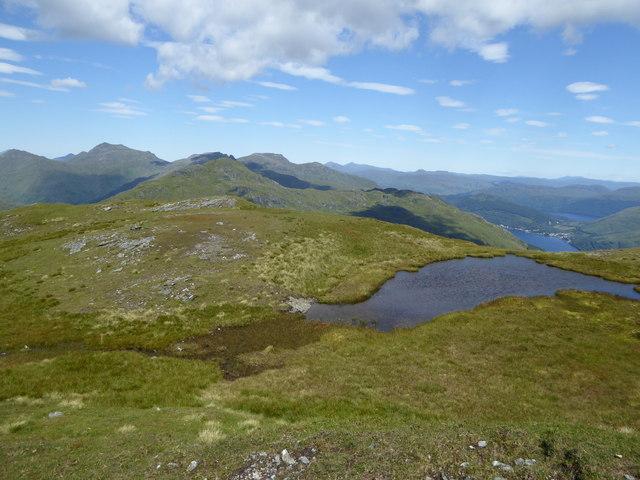 Lochan below the summit of Cnoc Coinnich