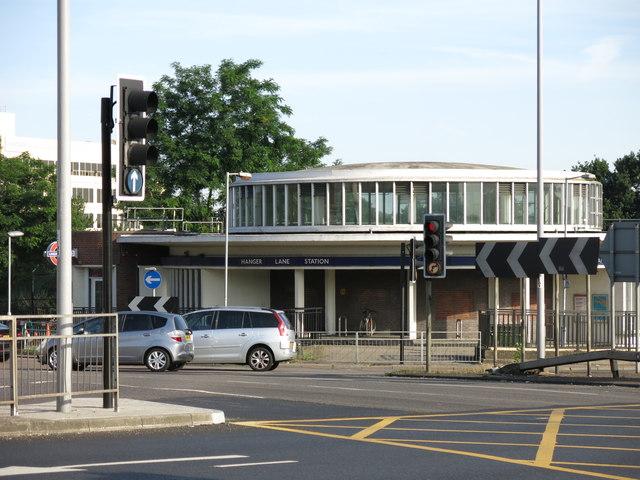 Hanger Lane  tube station - entrance building