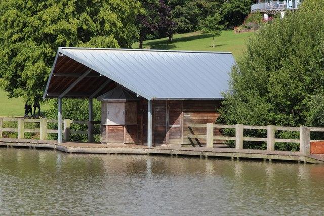 Boat house at Dunorlan Park