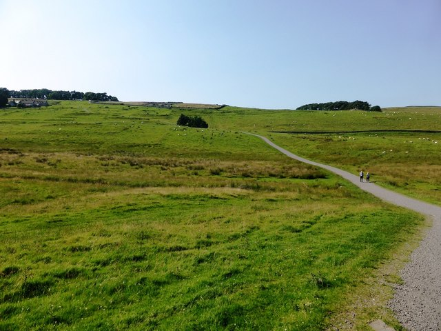 The path to the museum and Housesteads fort site