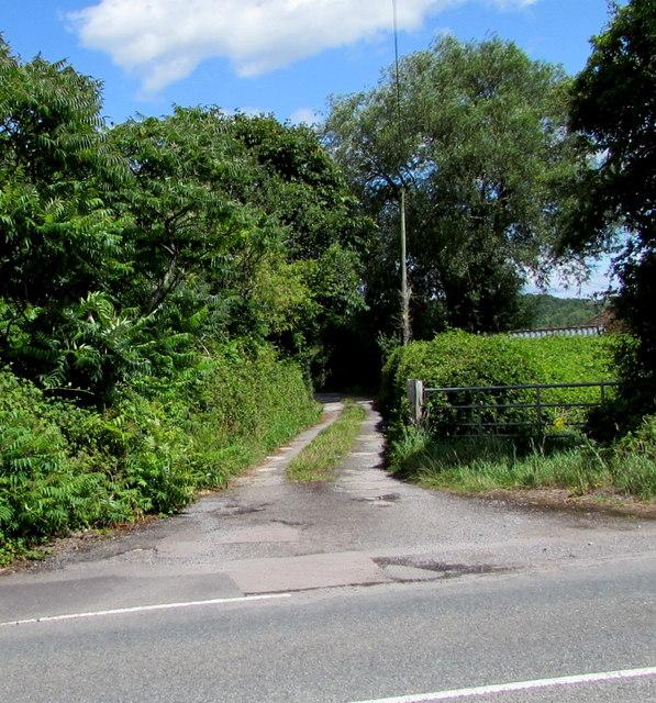 Side road in Westerleigh