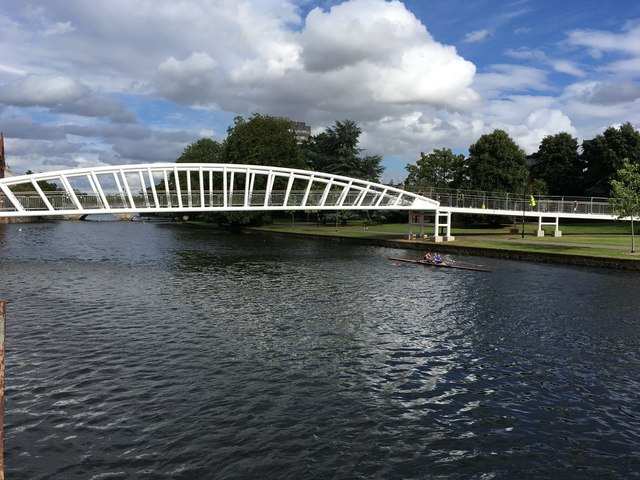 New footbridge to the Riverside North development with oarsmen
