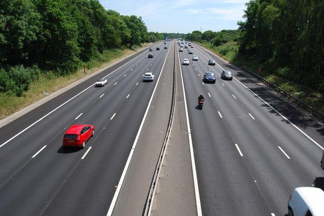 M27 looking eastwards from Botley Road