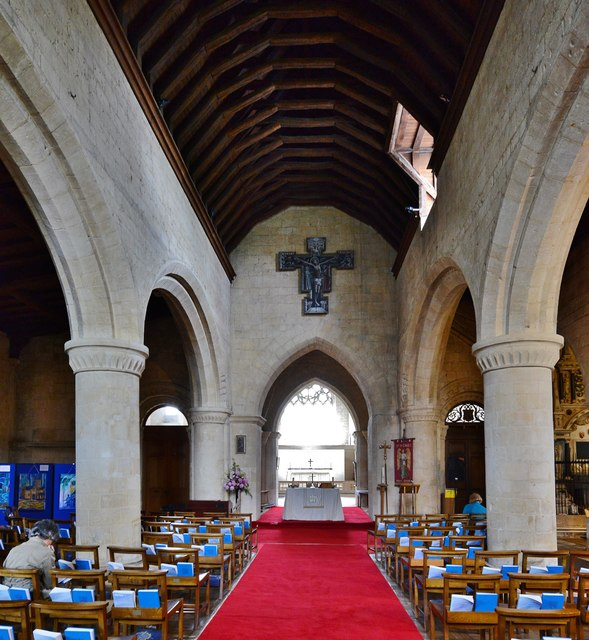Bishops Cleeve, St. Michael and All Angels Church: Nave with PJ Crook Rood Painting (1986) above the chancel arch