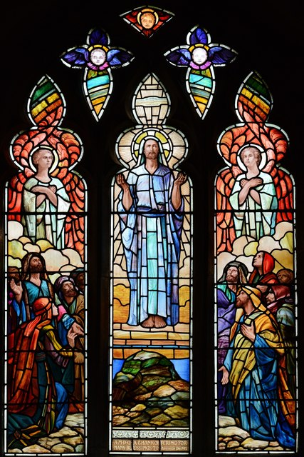 Bishops Cleeve, St. Michael and All Angels Church: Stained glass window 1
