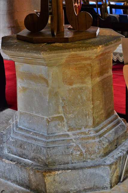 Bishops Cleeve, St. Michael and All Angels Church: The font