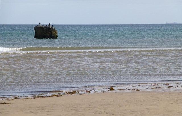 The beach below Goswick Links