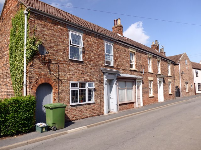 Cottages on  Cross Street