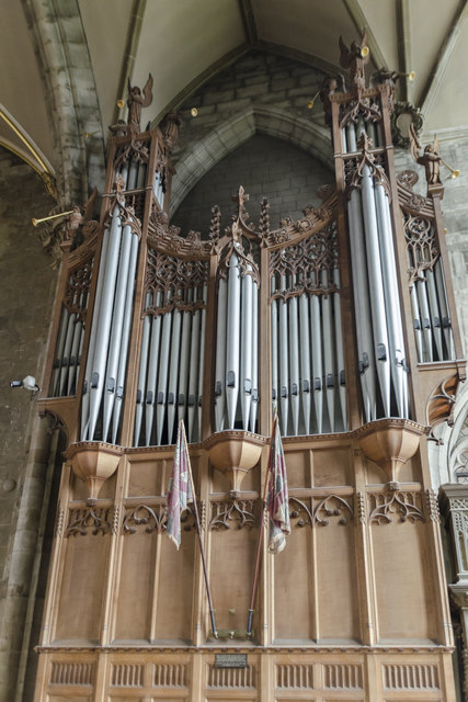 Organ, St Mary's church, Warwick