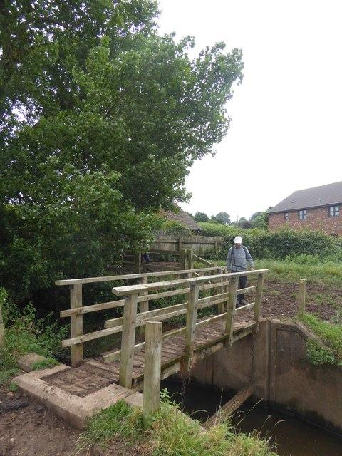 Footbridge north of Clyst St Mary