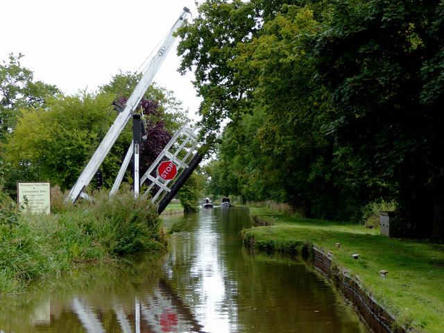 Wrenbury Frith Lift Bridge in Cheshire