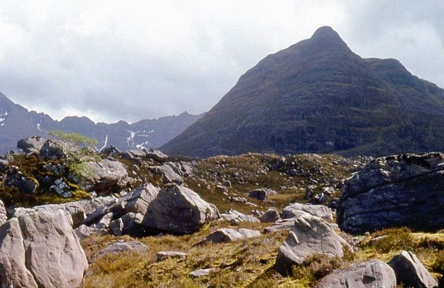 Glacial debris in Srath Lungard