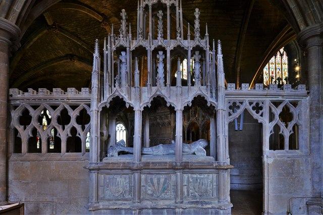 Tewkesbury Abbey: Monument to Sir Guy de Brien (d. 1390) 1