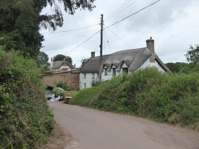 Thatched house in Uton