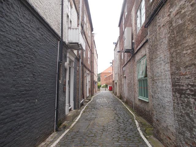 Mill Wynd - High Street