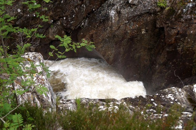 River Affric at Dog Falls