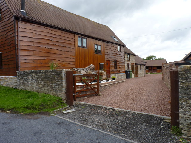 Barn conversion and stables, Himbleton