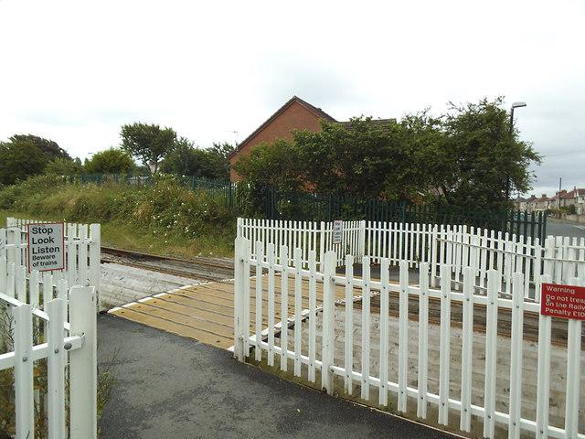 Level crossing, Schola Green Lane
