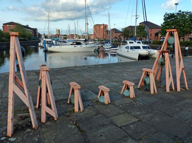Sculpture at the Hull Marina