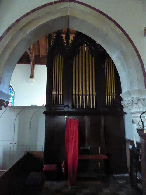 St Giles, Dallington: organ
