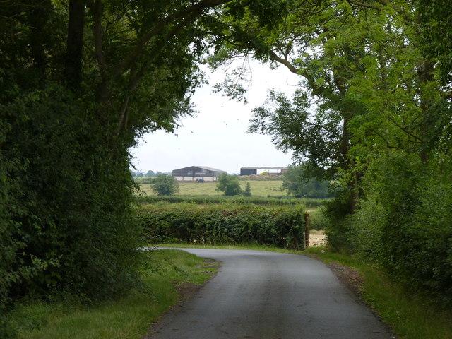 Lane from Huddington turns sharply