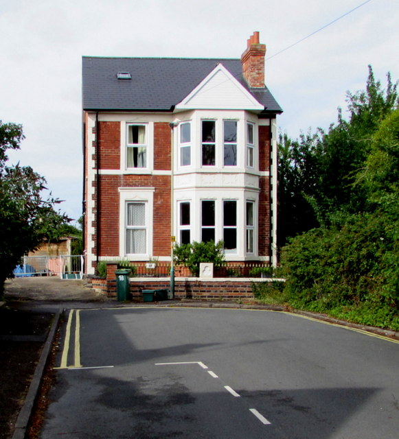 House at the end of the road, Kensington Avenue, Cheltenham