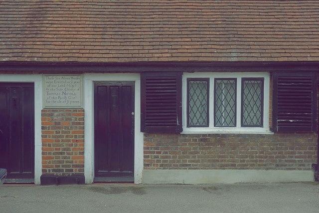 Nicholl's Almshouses, Mill Hill Village