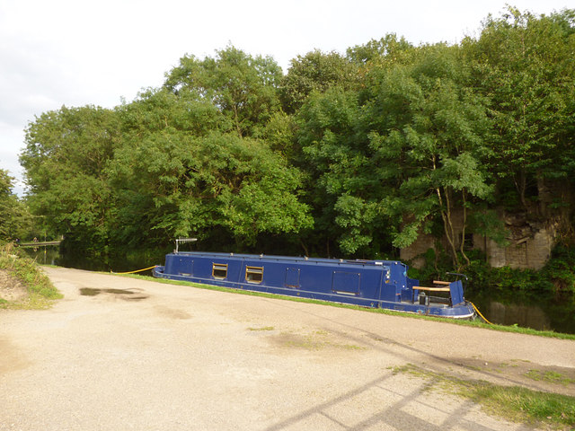 Barge moored near Pollard Lane canal bridge