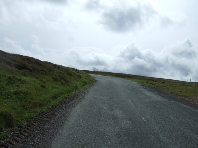 Steep uphill stretch on the B6355