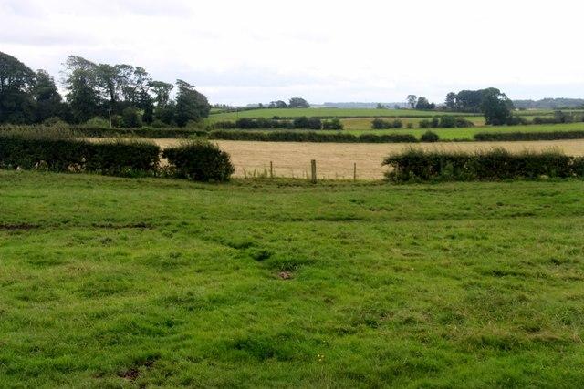 Mixed farmland at Holm, Crosshouse