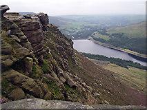 SE0103 : Dove Stone Reservoir by Stephen Burton