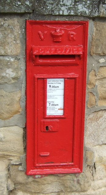 Victorian postbox on Newbattle Road, Eskbank