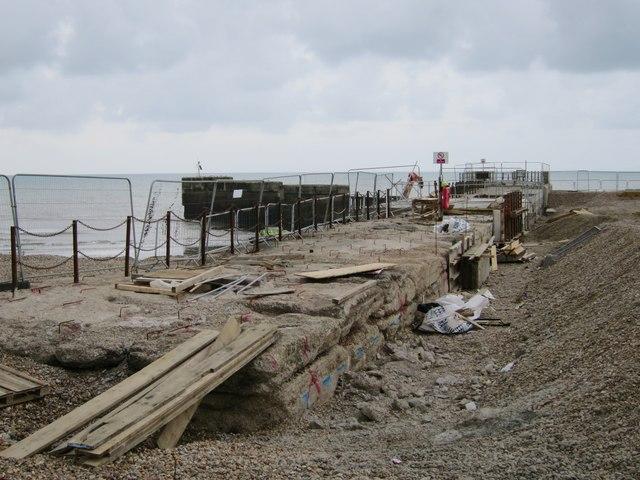 Repair work at Harbour Arm