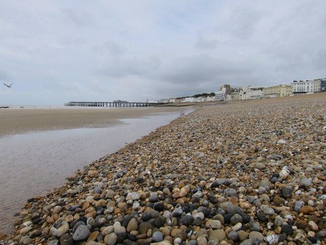 Low tide at Pelham Beach