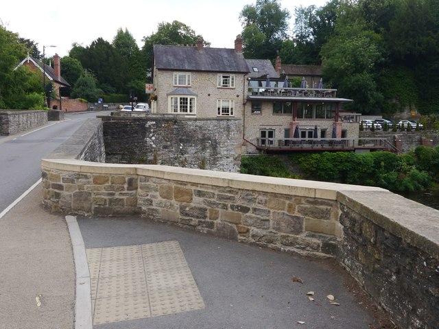 Ludlow, Ludford Bridge