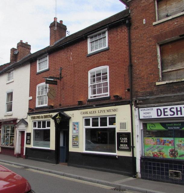 Pig & Drum pub in Worcester