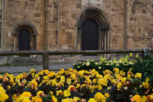 Doors and flowers, Worksop Priory