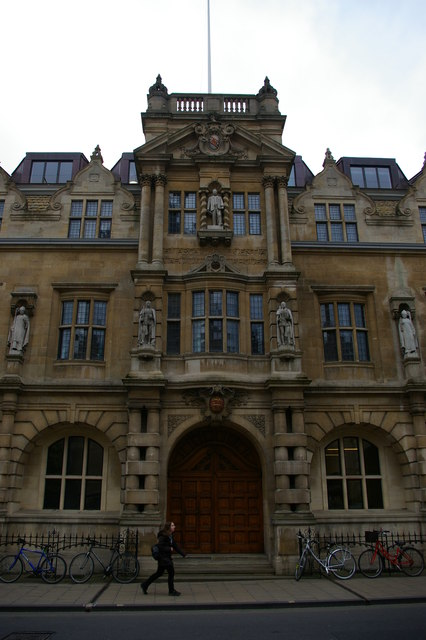 Oriel College, Oxford: High Street frontage