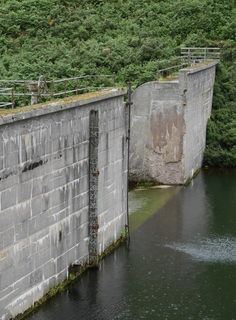 Dam, Heatherhope Reservoir